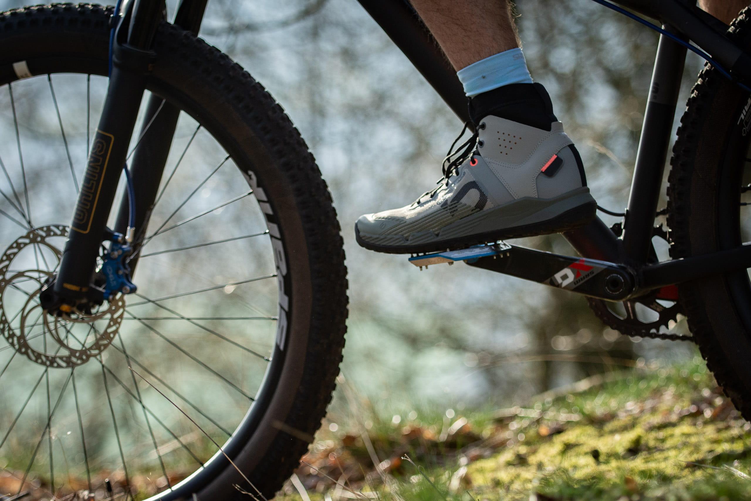 Bike-Mailorder-Blog-Test-five-ten-trailcross-mid-pro-11