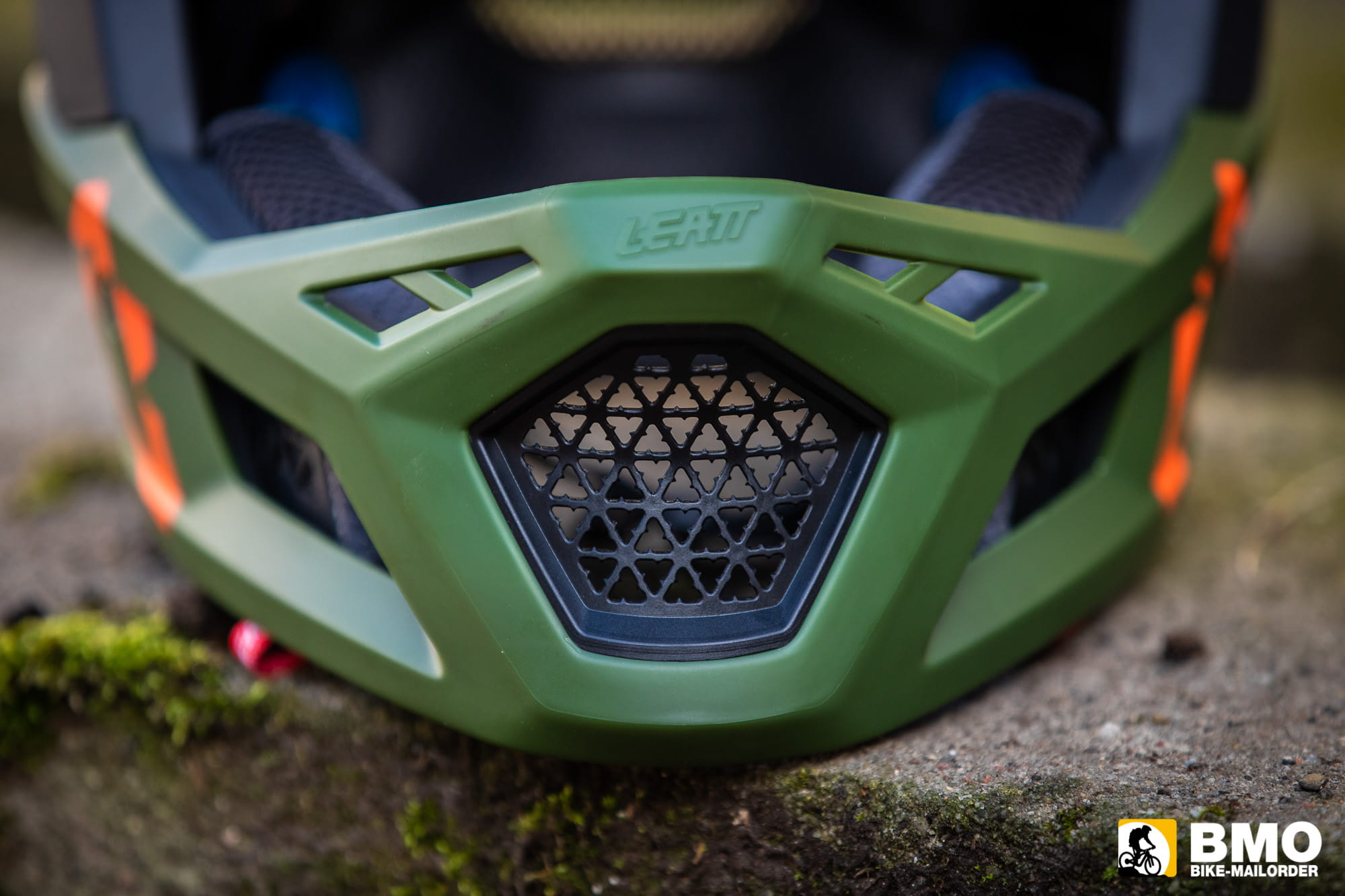 Leatt-DBX-4-0-Super-Ventilated-Fullface-Helm-Bike-Mailorder-7