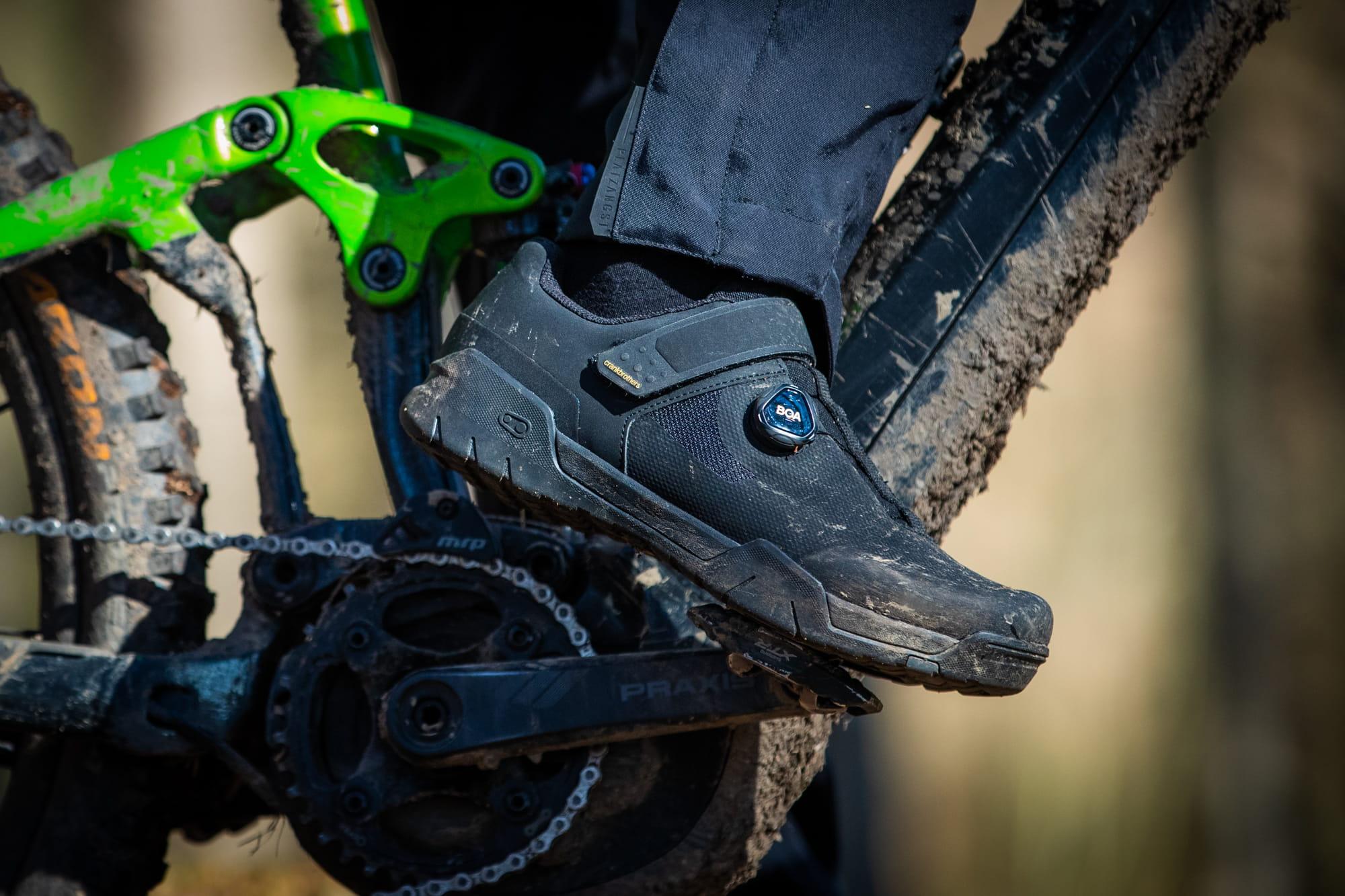 bikemailorder-crankbrothers-mallet-e