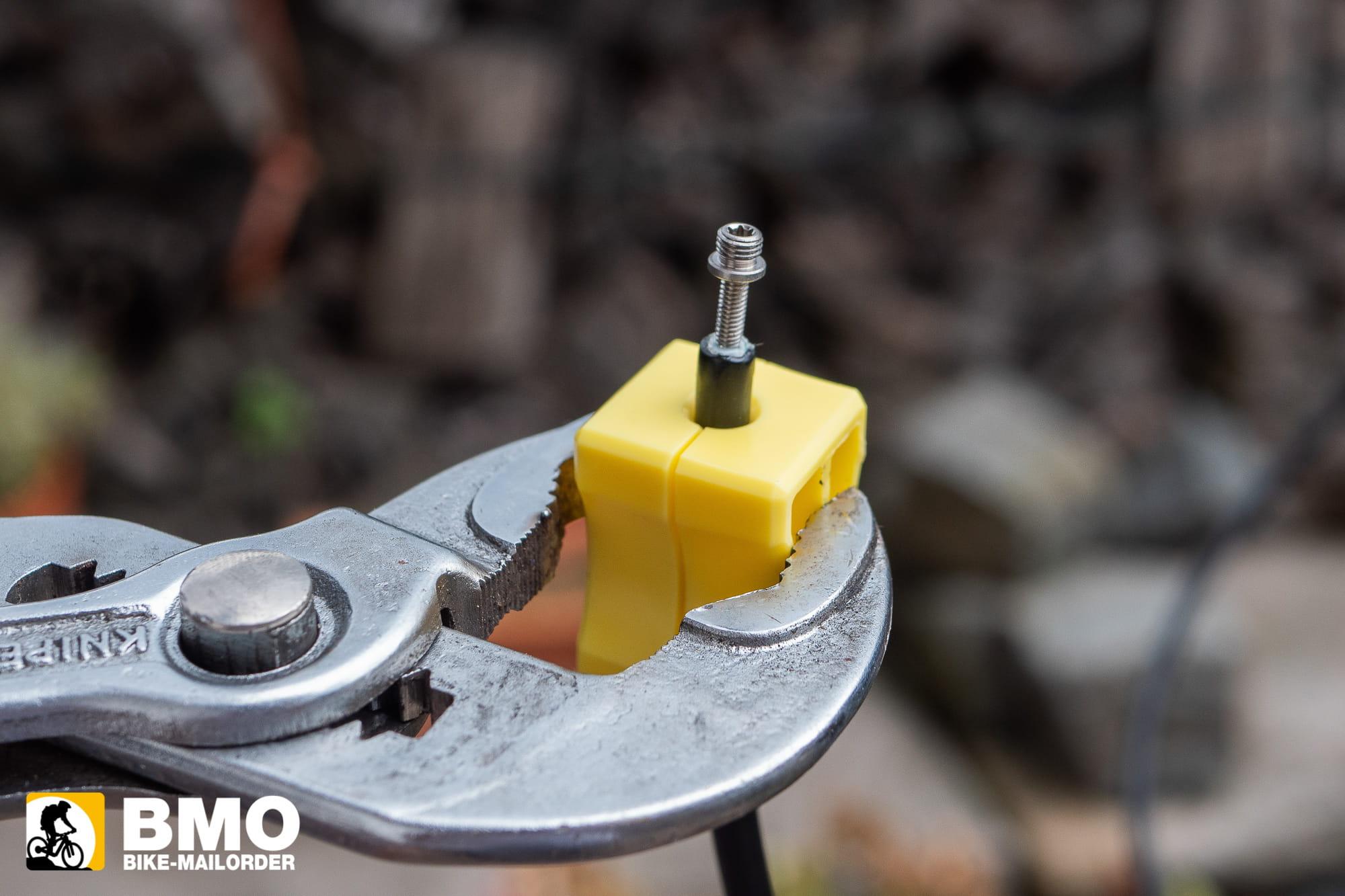 10-Bremsleitung-ku-rzen