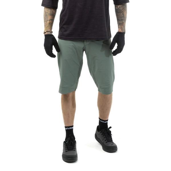 CF Tight Shorts - Grau
